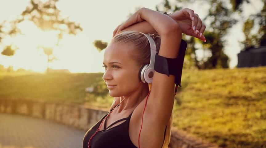 Да слушаме ли музика по време на тренировка
